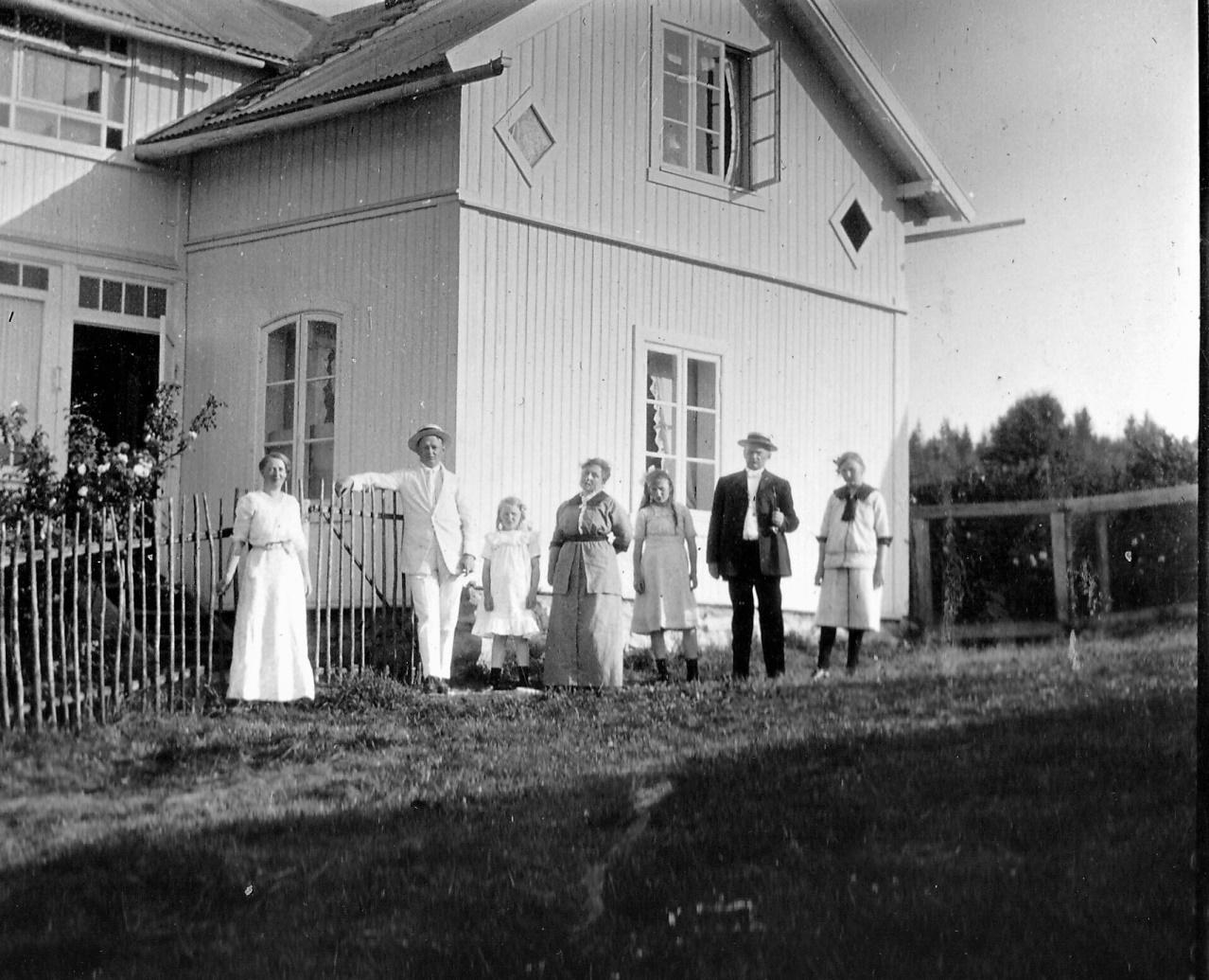 Familien Hess på Aasen 1913